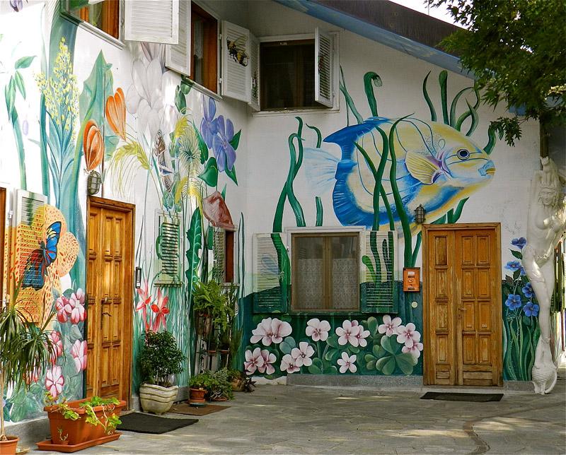 Hotels Near Damanhur Italy