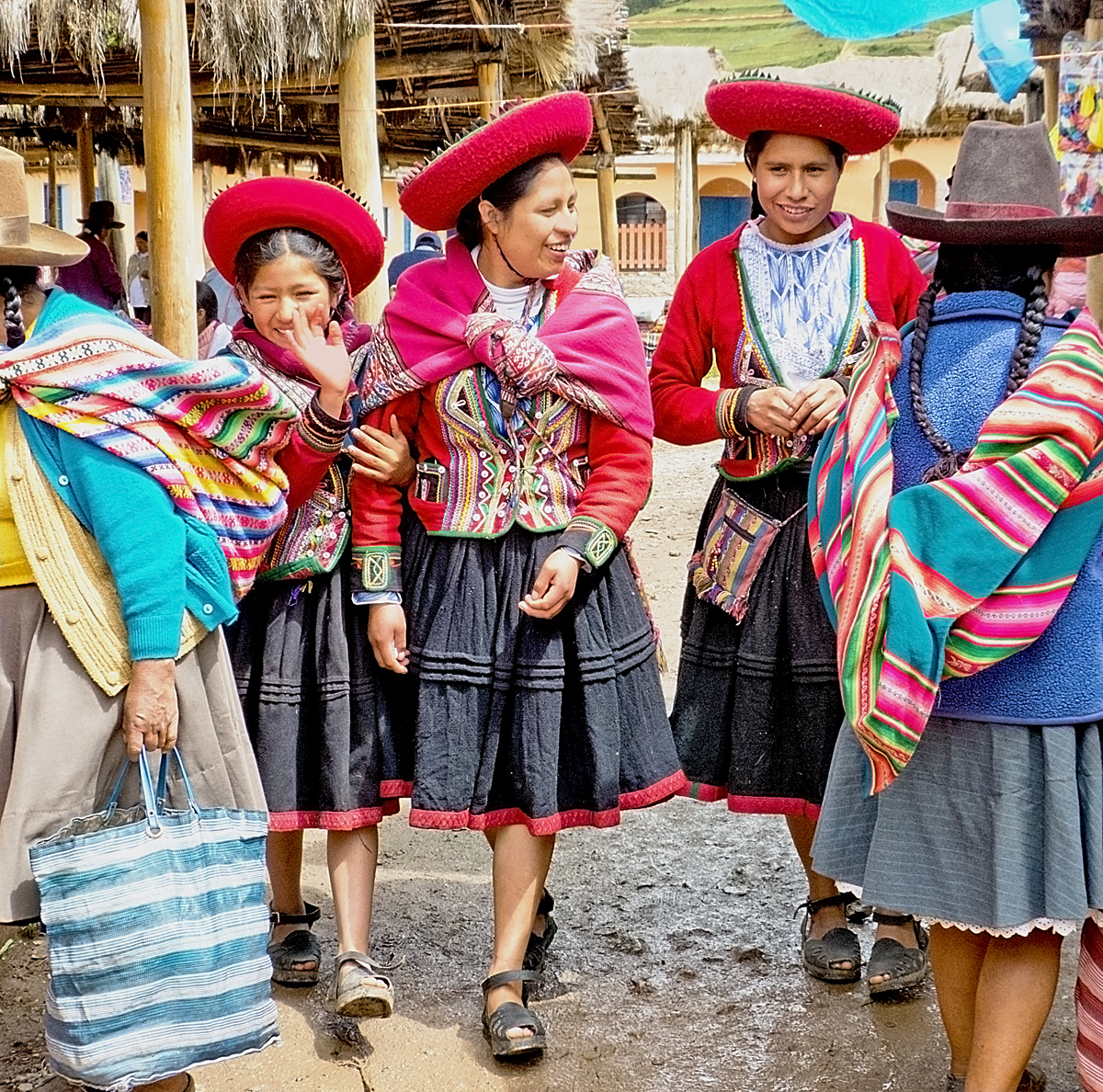 Chinchero Crowds Colour And Sacred Ceremonies