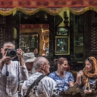 To Tour Or Not To Tour? Independent Travel Versus Travelling With a Tour Group